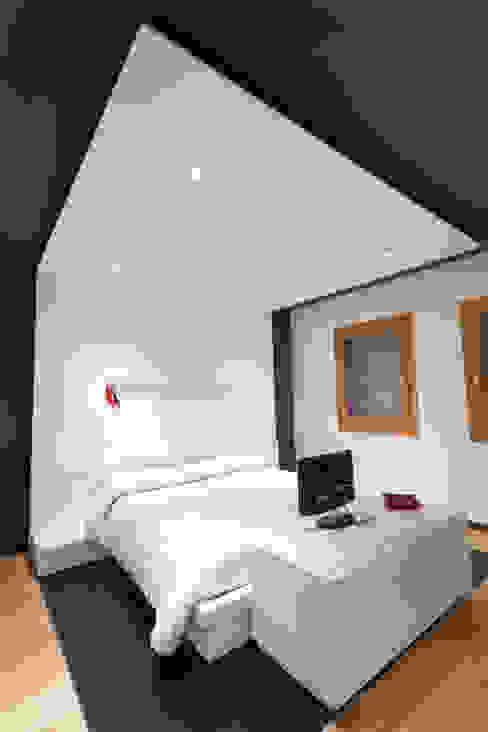 Modern Yatak Odası SANSON ARCHITETTI Modern