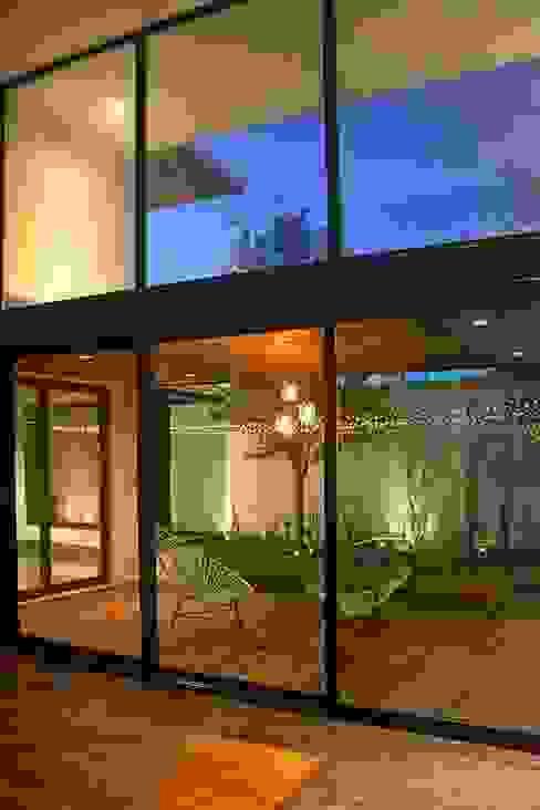 Terrazas de estilo  por Narda Davila arquitectura