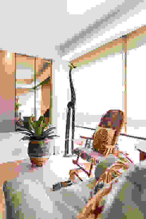 ECP | Estar Salas de estar minimalistas por Kali Arquitetura Minimalista