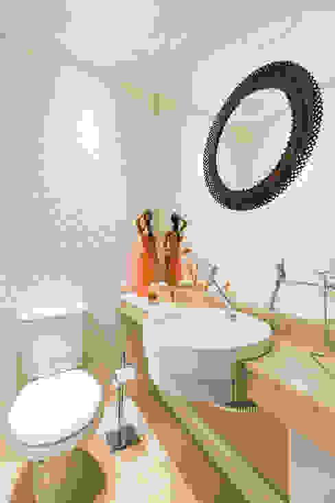 ECP | Lavabo Banheiros minimalistas por Kali Arquitetura Minimalista