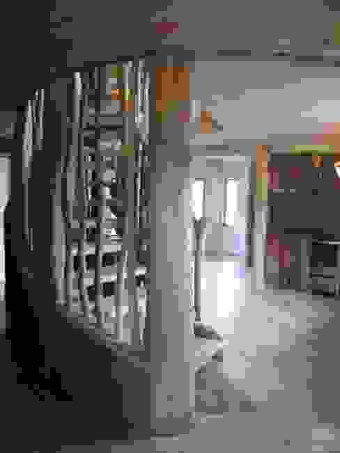 Casa Sol en Rari Cocinas de estilo rústico de Secrea Rústico