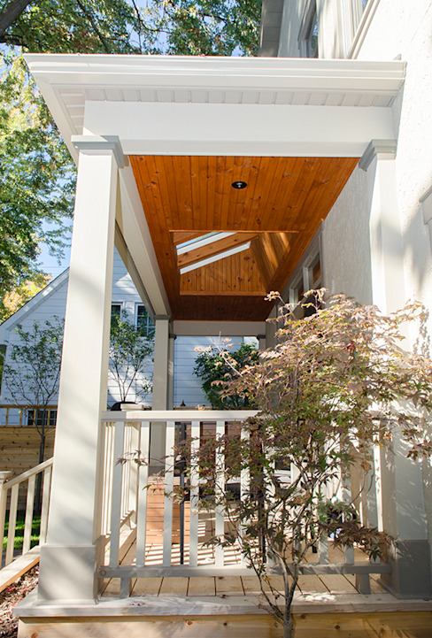 Westboro Carport + Deck Classic style houses by Jane Thompson Architect Classic Wood Wood effect