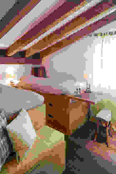 غرفة نوم تنفيذ Go Interiors GmbH, بلدي