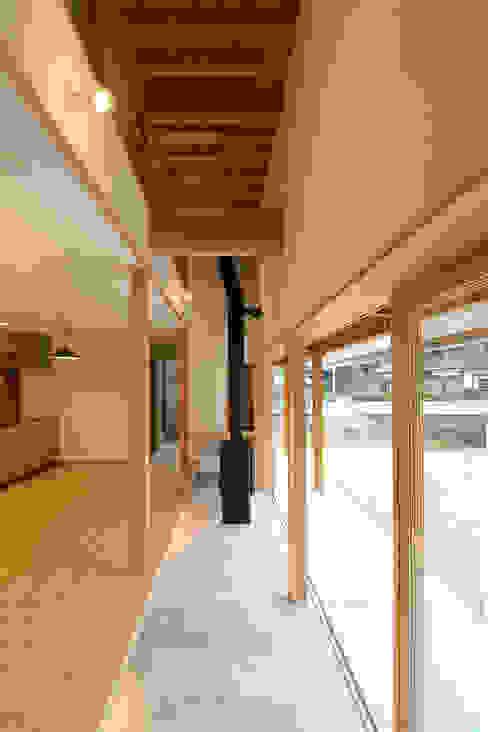 おおいちょうのいえ: 伊藤瑞貴建築設計事務所が手掛けたミニマリストです。,ミニマル