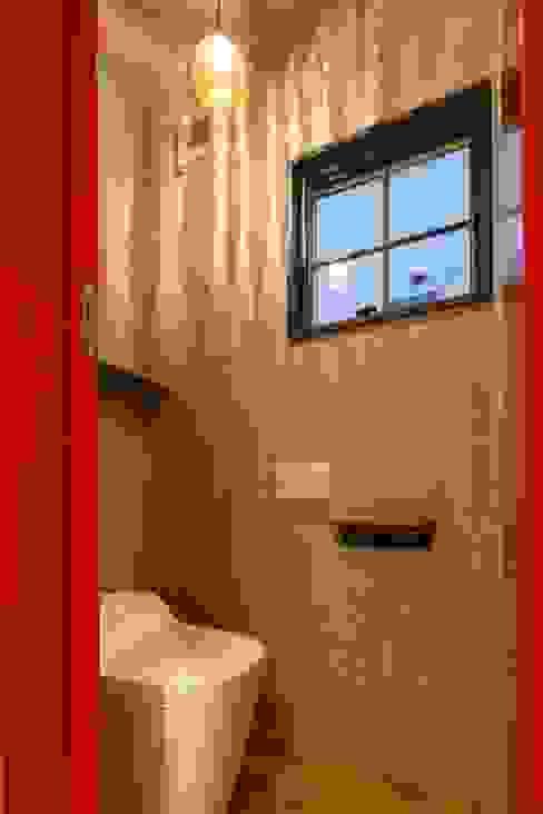 Salle de bain originale par dwarf Éclectique