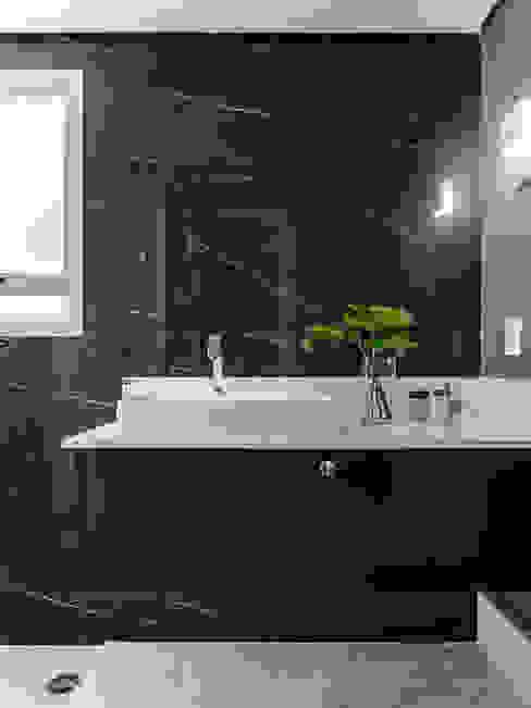 Hotspot 105 Banheiros modernos por Tiago Rocha Interiores Moderno