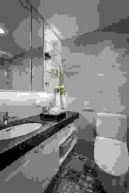 收藏精品宅 你你空間設計 Classic style bathroom Tiles Black