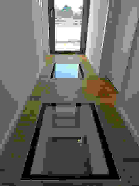 الممر والمدخل تنفيذ mAIA. Architektur+Immobilien,