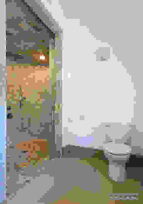 Chibi Moku Architectural Films Modern Bathroom Concrete White