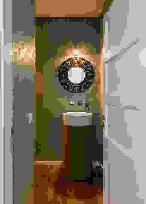 Modern bathroom by Franca Arquitectura Modern