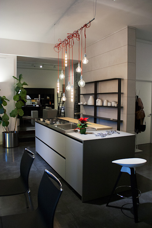 Industrial style kitchen by Arch. Vittoria Ribighini Industrial