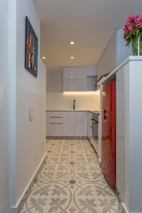 Kitchen by Bloque B Arquitectos