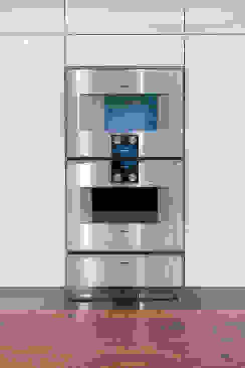 Gaggenau oven steam cooker combination Modern kitchen by Pamela Kilcoyne - Homify Modern