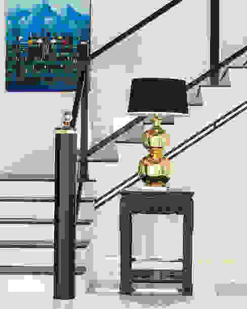 Modern corridor, hallway & stairs by Design Intervention Modern