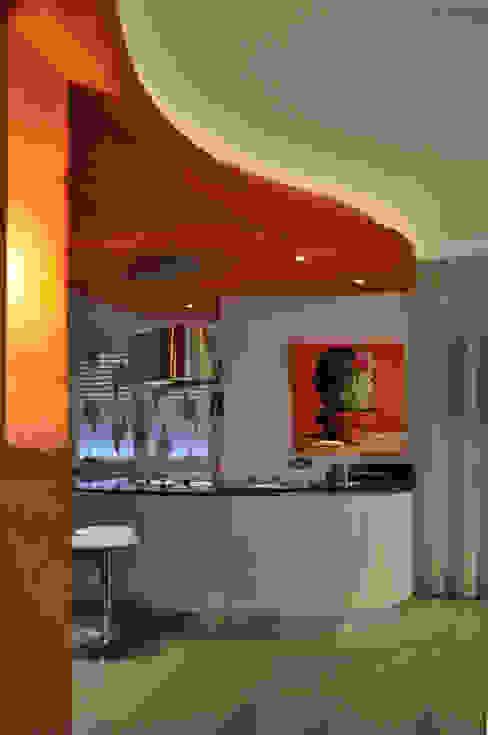 ห้องนั่งเล่น โดย Claudio Renato Fantone Architetto - laboratorio di architettura olistica,