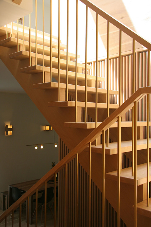 stairs Modern Corridor, Hallway and Staircase by AtelierSUN Modern Copper/Bronze/Brass