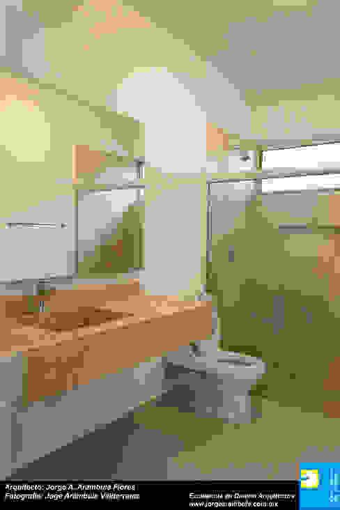 Salle de bain moderne par Excelencia en Diseño Moderne Marbre