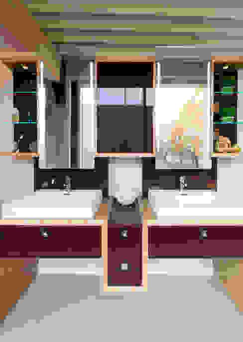 Moderne badkamers van Pamela Kilcoyne - Homify Modern