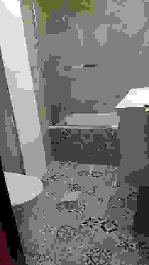 Macareno Modern Bathroom Plastic Brown
