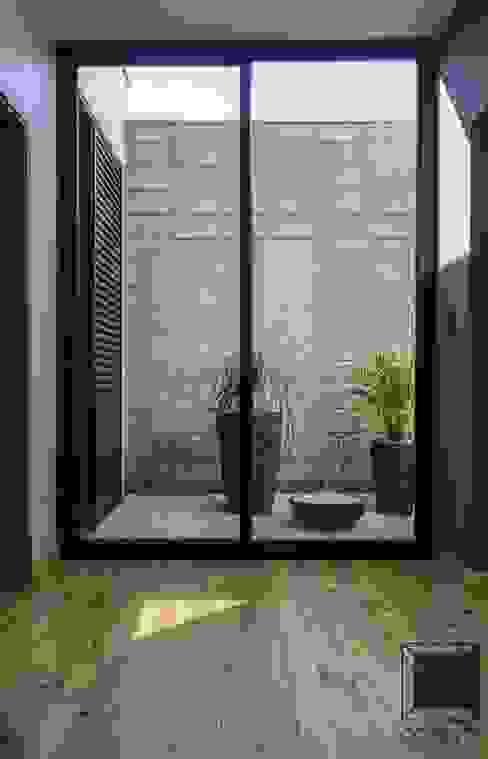 Cornetta Arquitetura Modern Conservatory