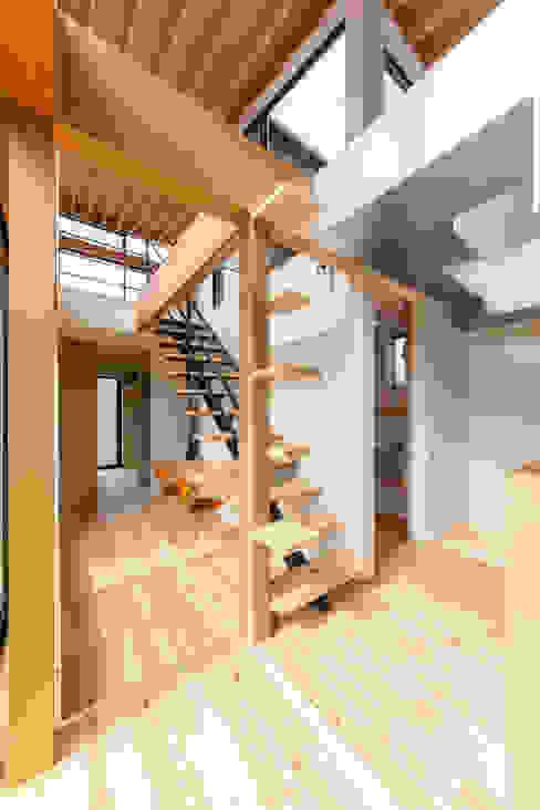 STaD(株式会社鈴木貴博建築設計事務所)의  방, 모던