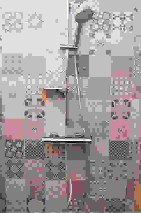 Bathroom by Koya Architecture Intérieure, Modern