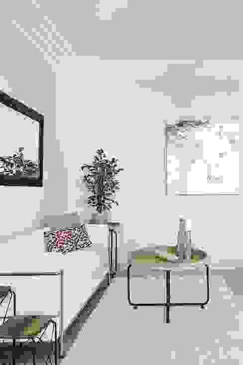 Salón detalle Livings modernos: Ideas, imágenes y decoración de Markham Stagers Moderno