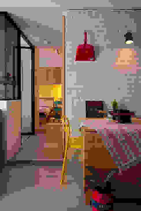 Столовые комнаты в . Автор – 一葉藍朵設計家飾所 A Lentil Design