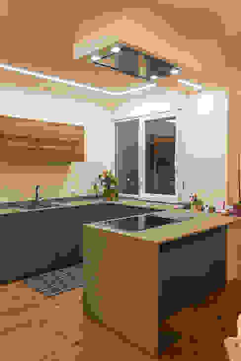 Cocinas minimalistas de Architettura & Interior Design 'Officina Archetipo' Minimalista