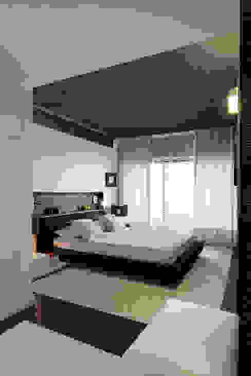 Bedroom by AROSO MACHADO, Minimalist