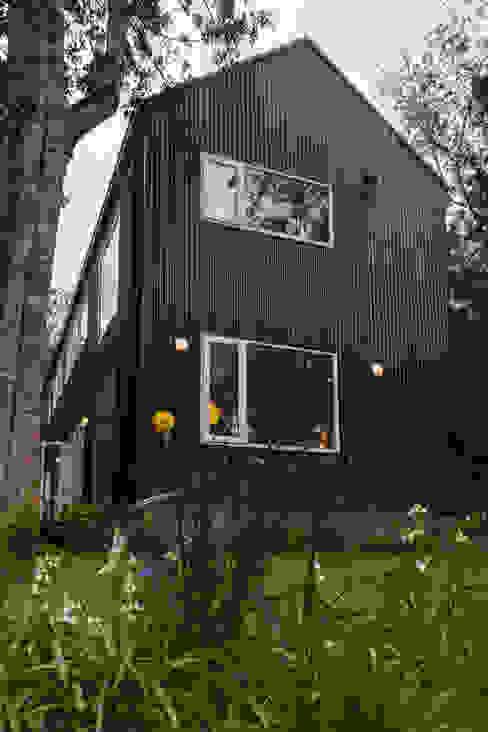 Casas escandinavas de Moraga Höpfner Arquitectos Escandinavo