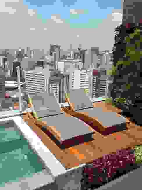 Terraço MR18 Arquitetura | Interiores Varandas, alpendres e terraços modernos