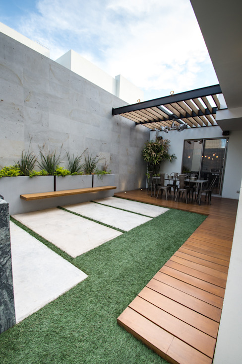 Patios & Decks by TAMEN arquitectura