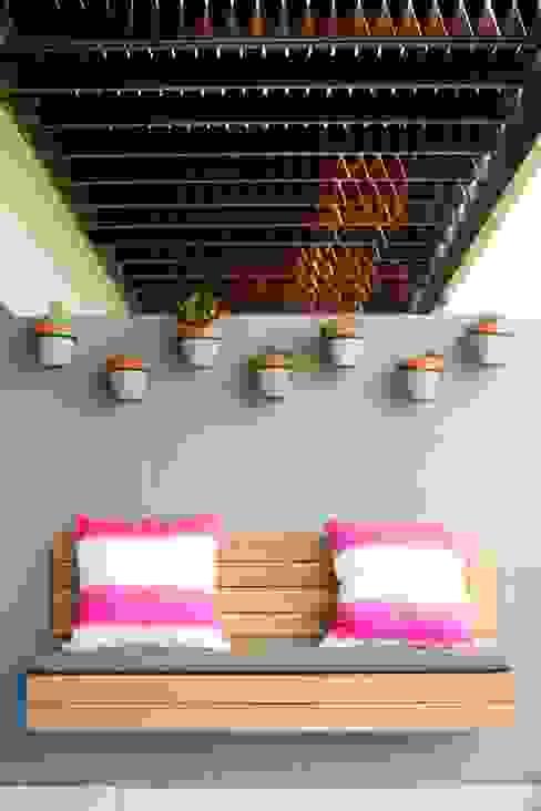 Terrasse de style  par homify, Scandinave