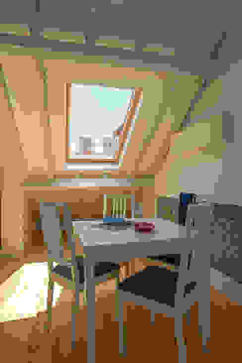 Apartamentos turísticos Casas da Baixa, Jules et Madeleine - LISBOA Hotéis eclécticos por ShiStudio Interior Design Eclético