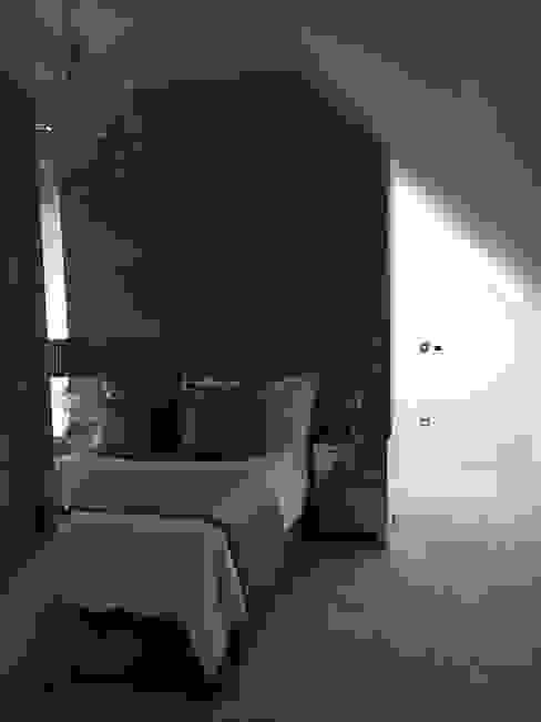 Plot 2 Durward Gardens, Kincardine O'neil, Aberdeenshire Modern style bedroom by Roundhouse Architecture Ltd Modern