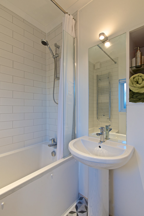 Limetree, Plymouth Minimalistische badkamers van ADG Bespoke Minimalistisch