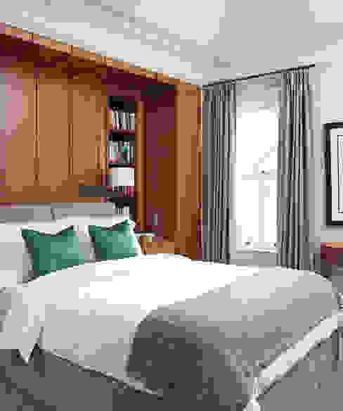 Master Bedroom:  Bedroom by Douglas Design Studio