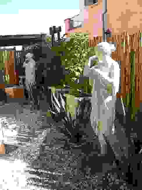 Giardino classico di Rocha & Figueroa Bunge arquitectos Classico