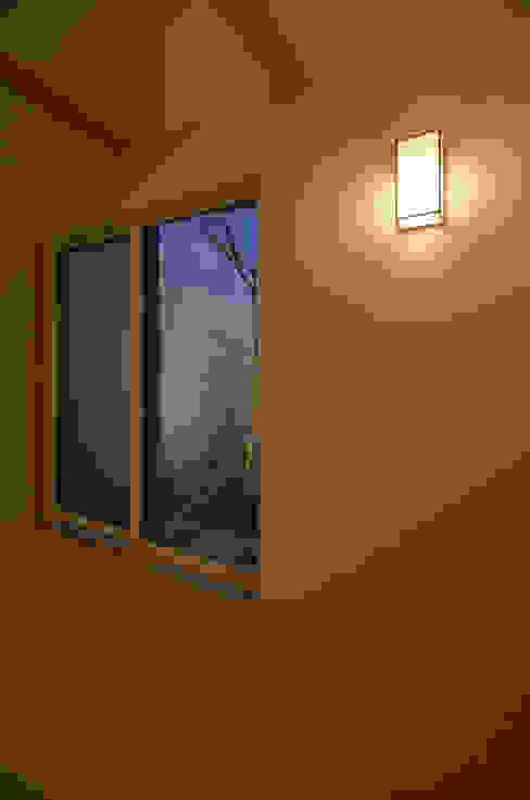 保谷O邸 モダンデザインの 多目的室 の 遠藤誠建築設計事務所(MAKOTO ENDO ARCHITECTS) モダン