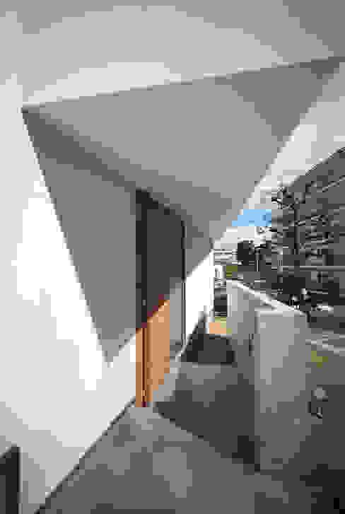 haus-gap 北欧スタイルの 玄関&廊下&階段 の 一級建築士事務所haus 北欧 コンクリート