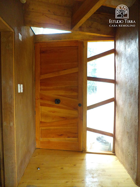 Estudio Terra Arquitectura & Patrimonio Modern windows & doors