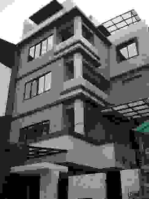Rumah oleh 勝暉建築工程行