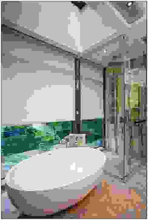Sea Casa Modern style bathrooms by Another Design International Modern Glass