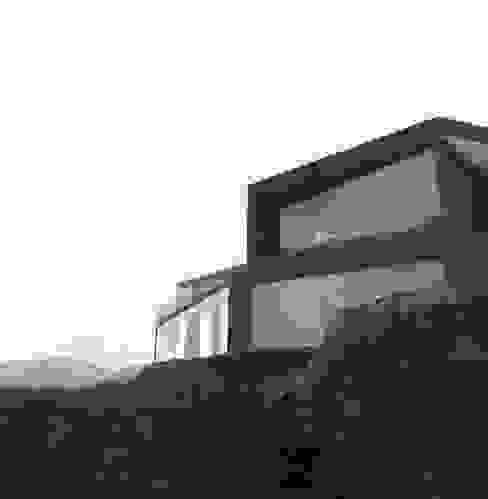 Vivienda Martin Casas de estilo mediterráneo de Superficie Arquitectura Mediterráneo Concreto