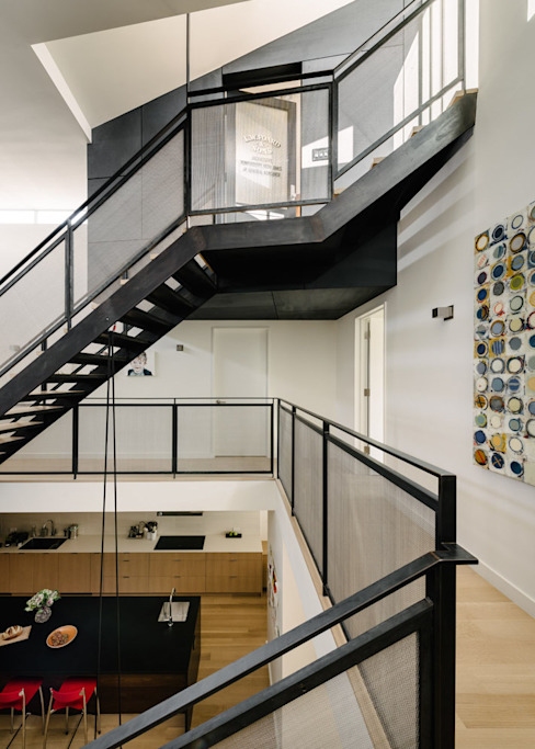 Modern Corridor, Hallway and Staircase by Feldman Architecture Modern