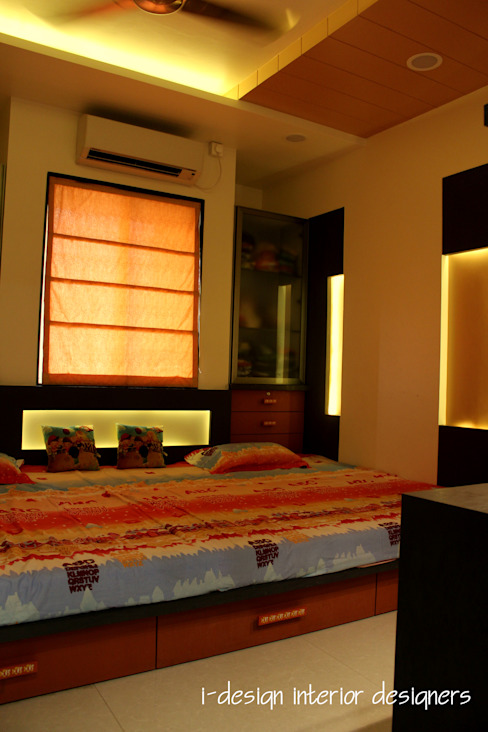 3bhk I - design interior designer's Modern style bedroom Plywood Orange