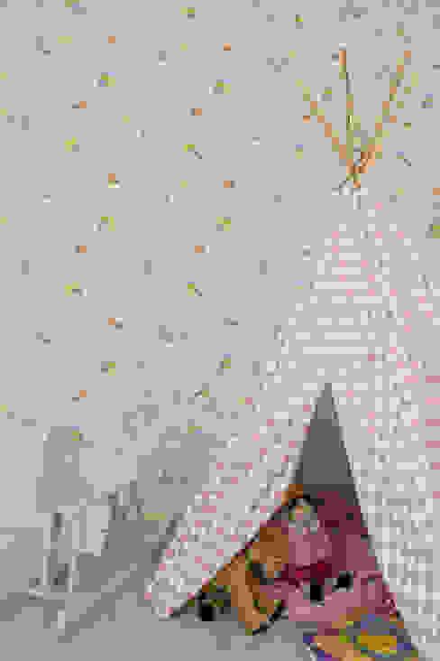 Suite de Bebé - Pormenor Traço Magenta - Design de Interiores Quarto de criançasAcessórios e Decoração