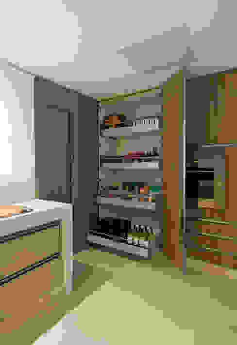 Dapur Modern Oleh Renata Basques Arquitetura e Design de Interiores Modern