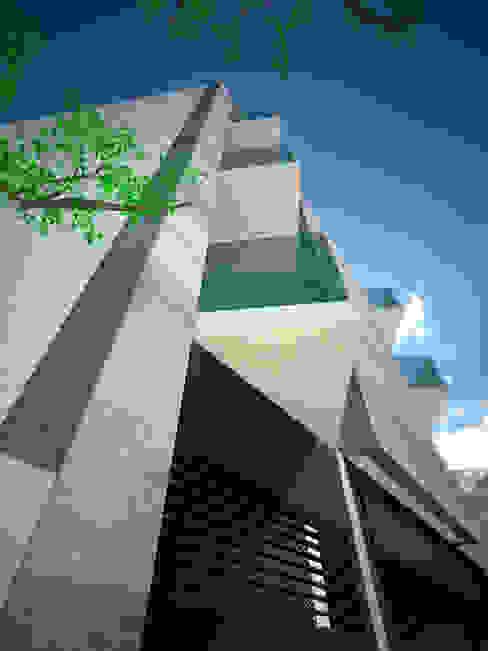 de estilo  por BTA DISEÑO Y CONSTRUCCION, Moderno
